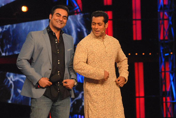 Salman And Arbaaz Dancing Still On Bigg Boss 6 Set