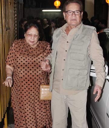 Salim Khan With A Friend Snapped At The Son Of Sardar Screening