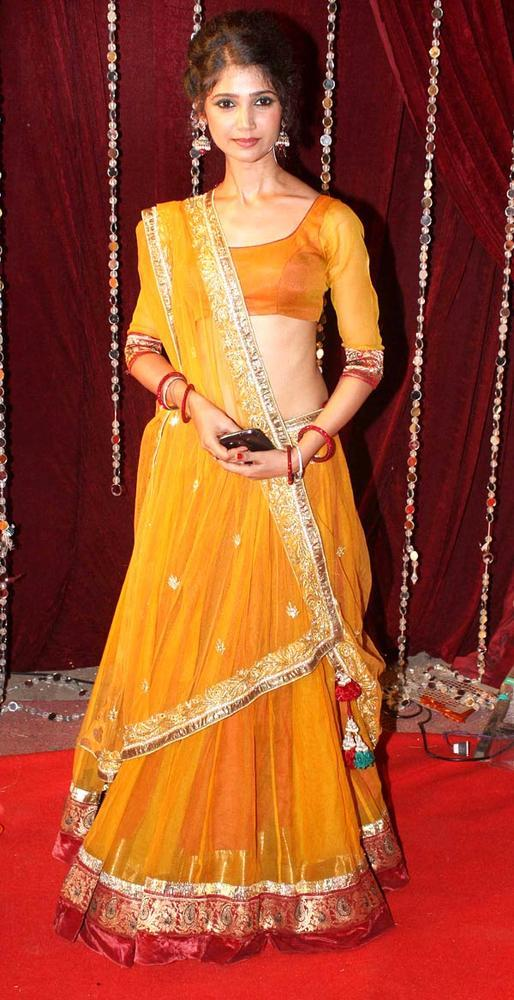 A Television Star Looked Radiant And Beautiful In Ghagra Choli At The Zee Risthey Awards
