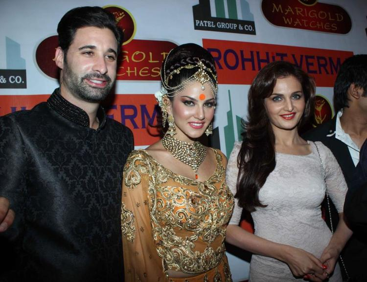 Sunny  And Monika Spotted At Rohit Verma And Shilpa Marigold Fashion Show IGNITE
