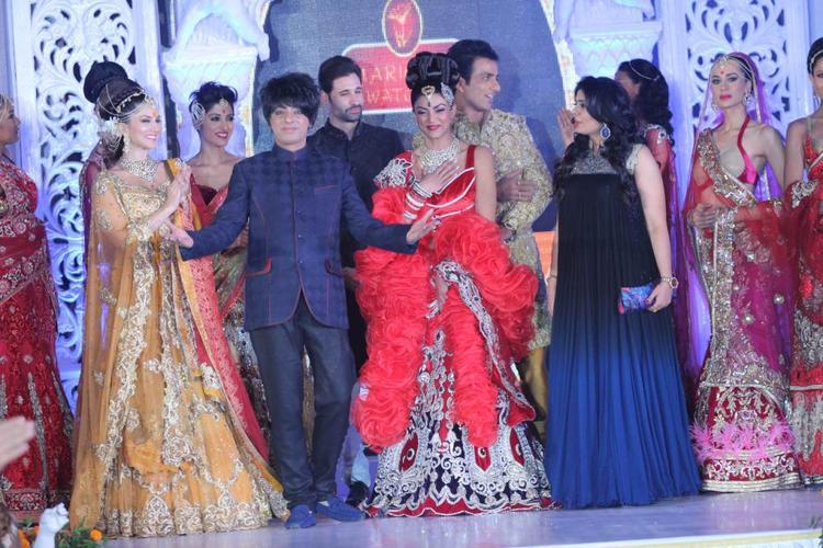 Sunny,Sushmita,Sonu,Shilpa And Rohhit Walked On The Ramp At Fashion Show IGNITE