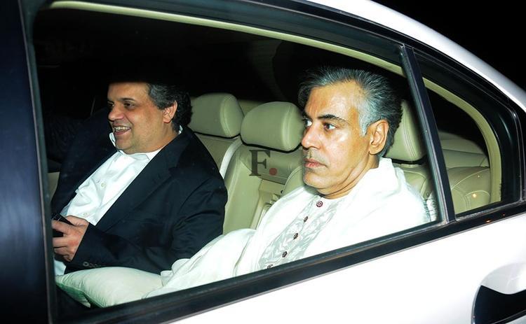 Designer Duo Abu Jani And Sandeep Snaaped In Car At Ritesh Sidhwani Diwali Party