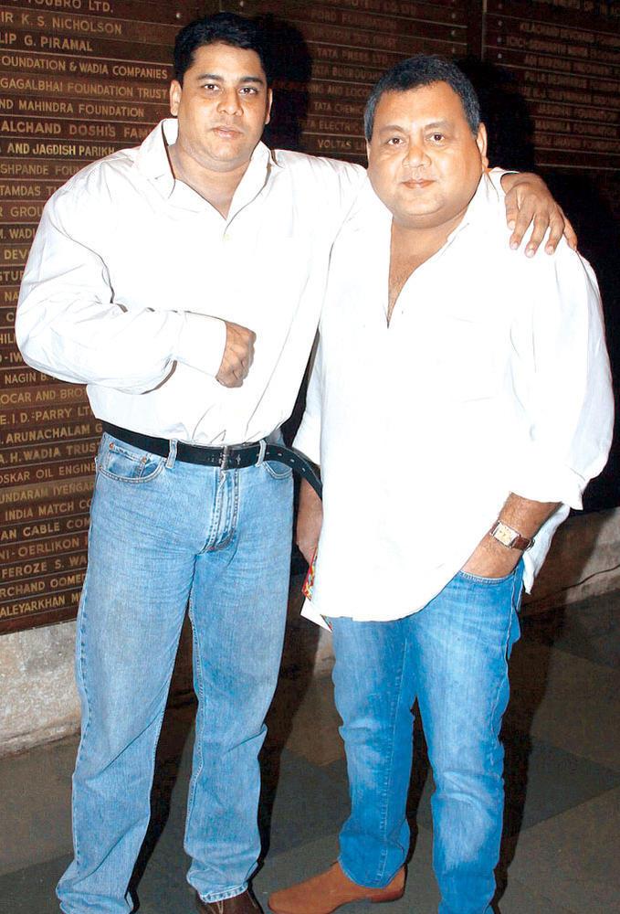 Cyrus And Kunal Clicked At Raell Padamsee's Play In Mumbai