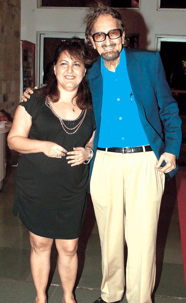 Raell With Her Dad Alyque At Raell Padamsee's Play In Mumbai