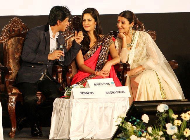 Katrina,Shahrukh And Anushka Sizzling And Dashing Still At 18th Kolkata International Film Festival