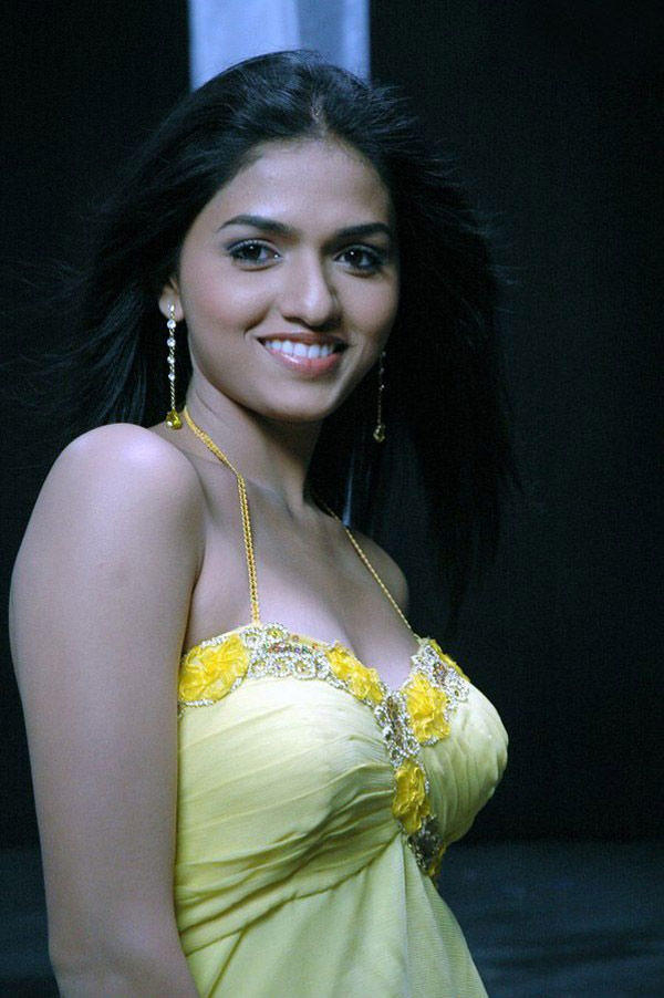Sunaina Exclusive Still