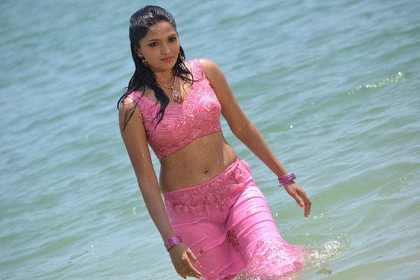 Sunaina Wet Sexy Still