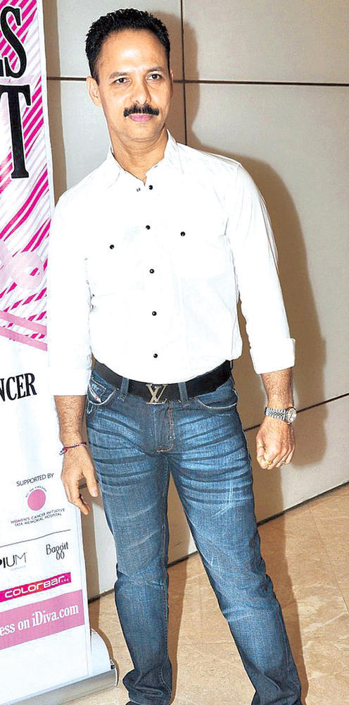 Mickey Perfect Look In Denim Jeans And White Shirt At Breast Cancer Awareness Programme