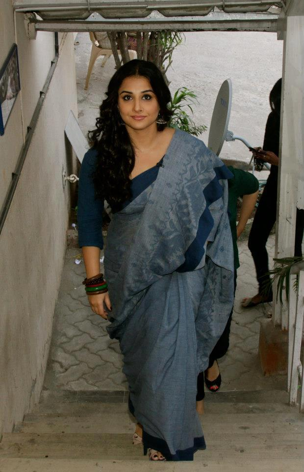 Vidya Arrived At The Front Row Show For Diwali Special