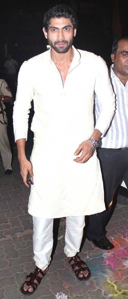 Rana Daggubati Clicked At Big B Diwali Party