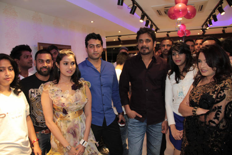 Nagarjuna Stylist Posed While The Launching Of B-Blunt Salon