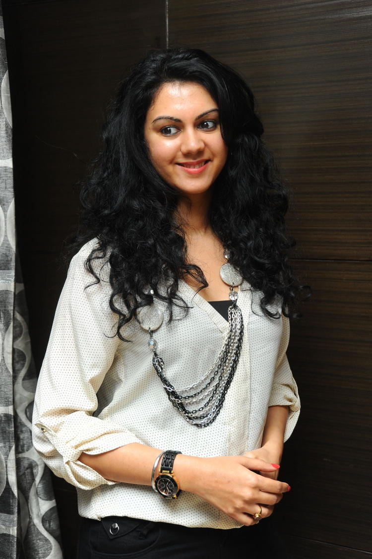 Kamna Jethmalani Charming Face Look Still