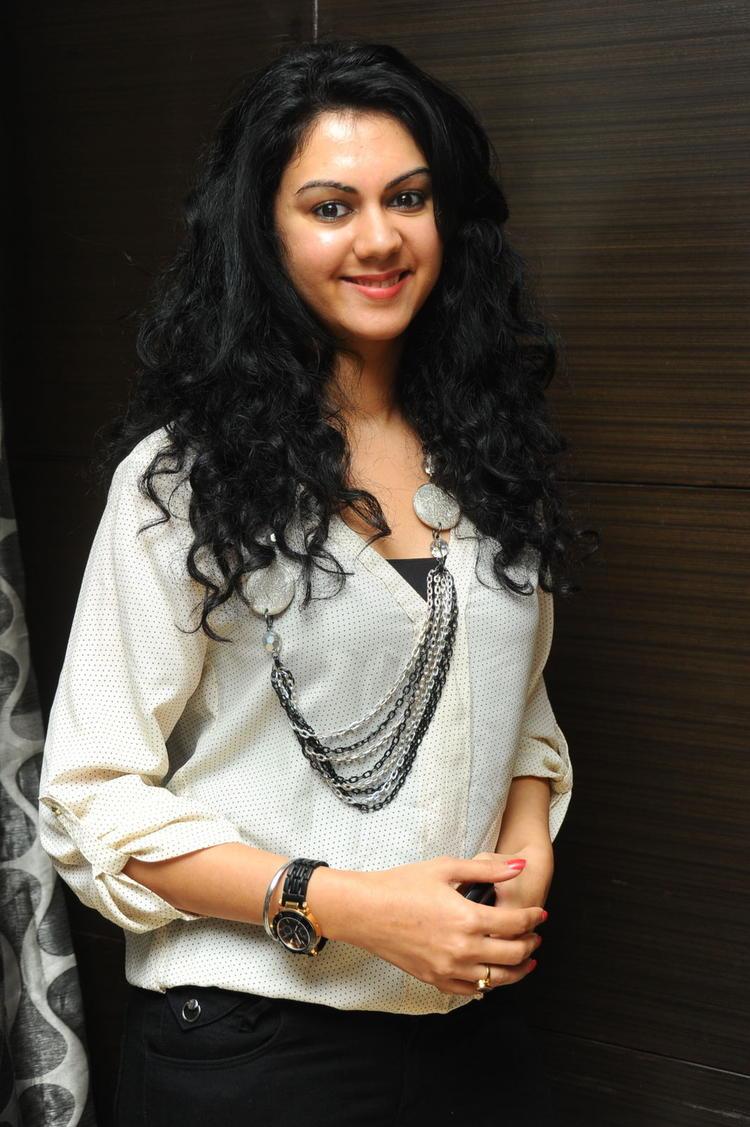 Kamna Jethmalani Stunning Face Look Still