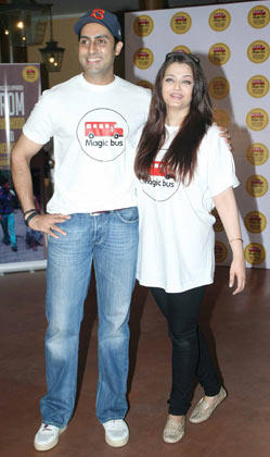 Abhishek With Wife Aishwarya Spotted At Magic Bus Event On Children's Day