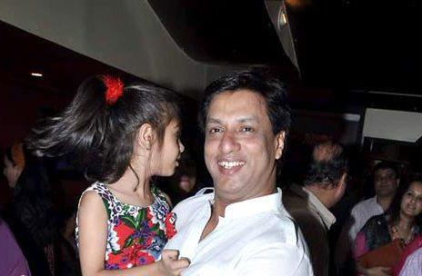 Madhur With His Daughter Siddhi At Son Of Sardaar Special Screening