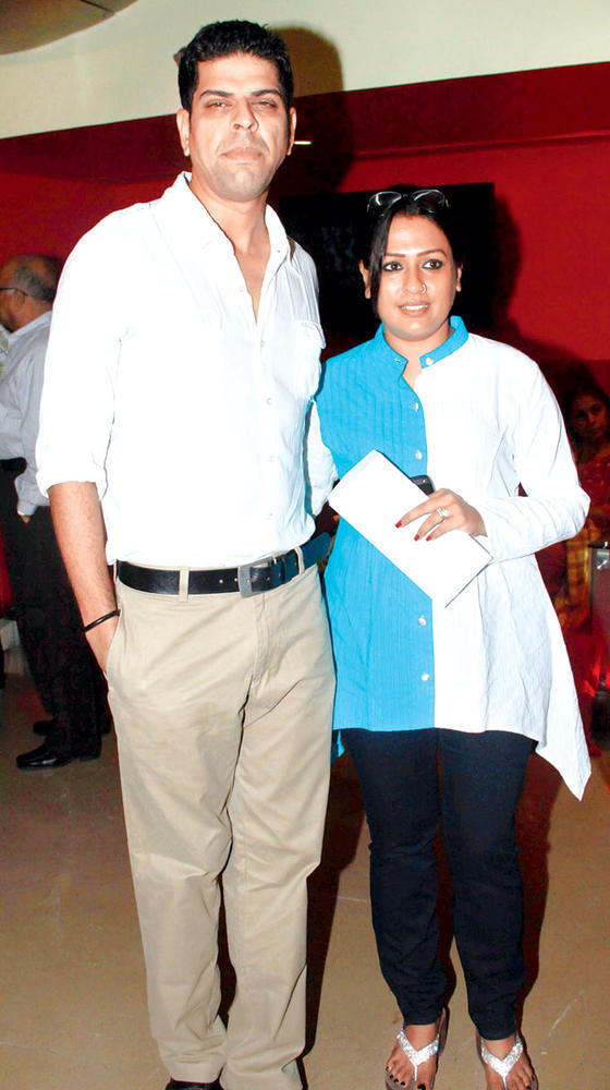 Murli With Wife Ashwini Posed During The Screening Of SOS