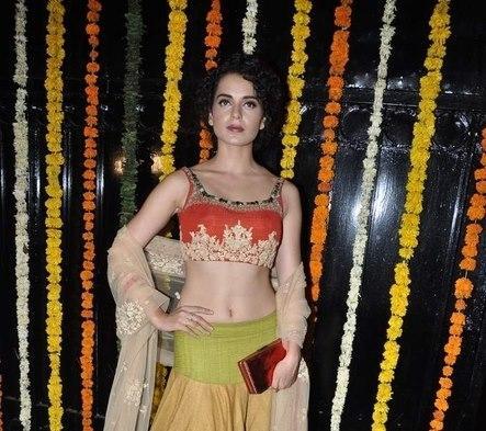 Kangna Sexy Navel Expose Hot Photo At Ekta Kapoor Diwali Bash