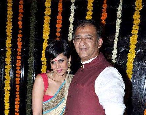 Mandira With Her Hubby Raj Photo Clicked At Ekta Kapoor Diwali  Bash