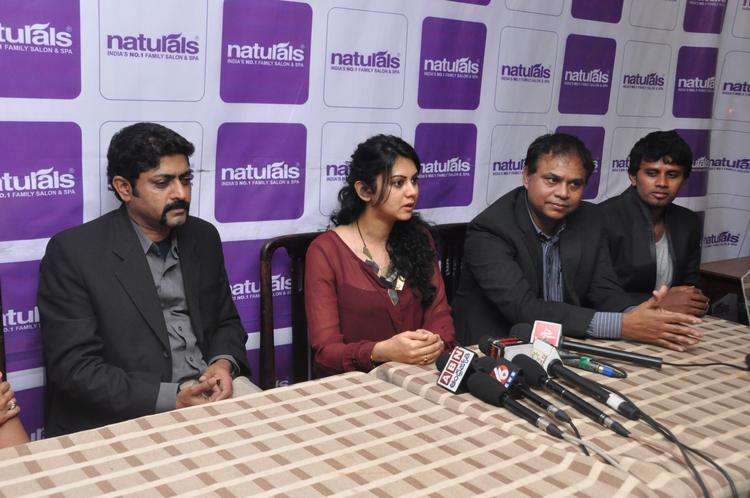 Kamna With Kumarvel,Rajeev Bopaiah And Aravind Press Meet Photo