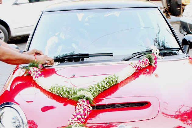 This Red Cooper Car Is Gifted By Big B To His Grand Daughter Aaradhya