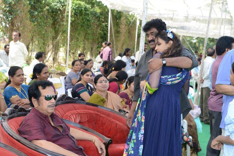 Lakshmi And Raghu Cosy Snap At Dasari Padma Memorial Event
