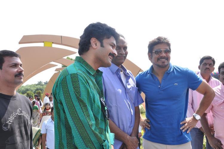 Nagarjun Smiling Photo Clicked At Dasari Padma Memorial Event