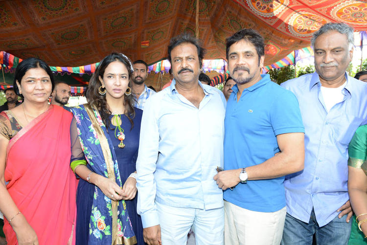 Nagarjun,Mohanbabu And Lakshmi Posed For Camera At Dasari Padma Memorial Event