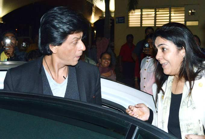 Shahrukh Khan Spotted At Mumbai Airport