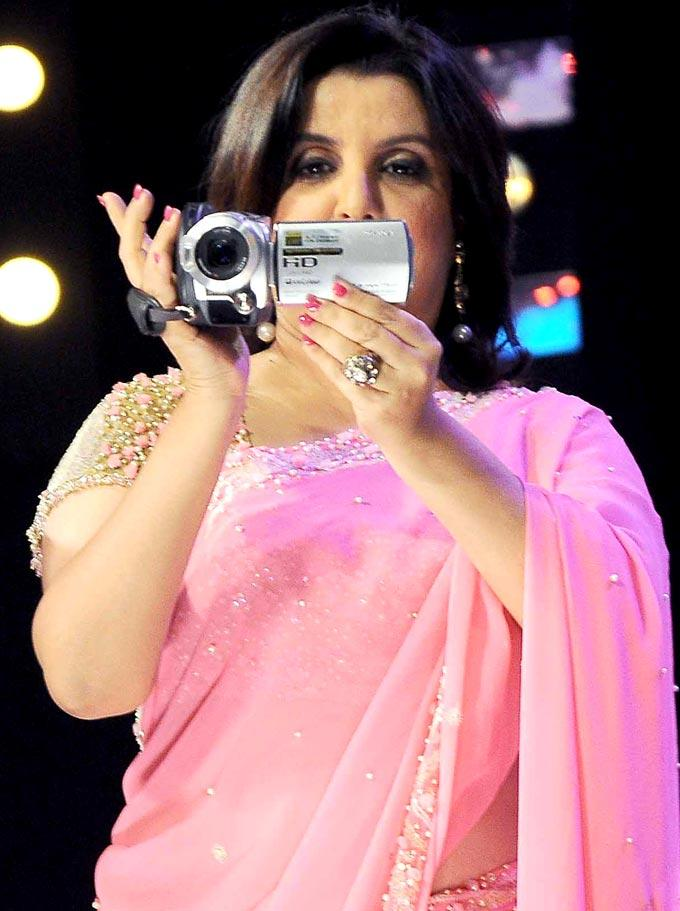 Farah Photo Clicked While Shooting The Programme On The Sets Of India's Got Talent Grand Finale