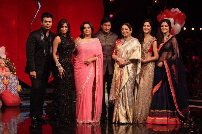 Karan,Malaika,Farah,Shahrukh,Kirron,Katrina And Anushka Posed For Camera At India's Got Talent Grand Finale