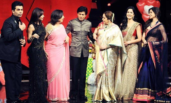 Karan,Malaika,Karan,Farah,Shahurkh,Kirron,Katrina And Anushka Nice Photo Clicked On The Sets Of India's Got Talent Grand Finale