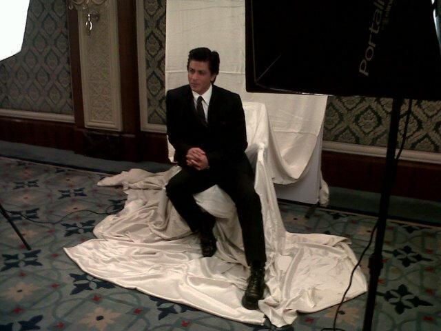 Shahrukh Khan Poses During Press Conference At HT