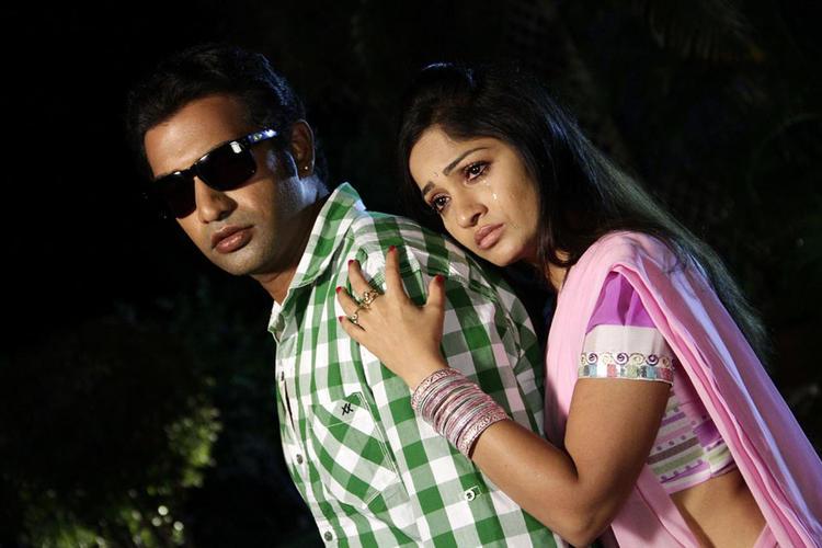 Taraka And Madhavi A Still From Chudalani Cheppalani Movie