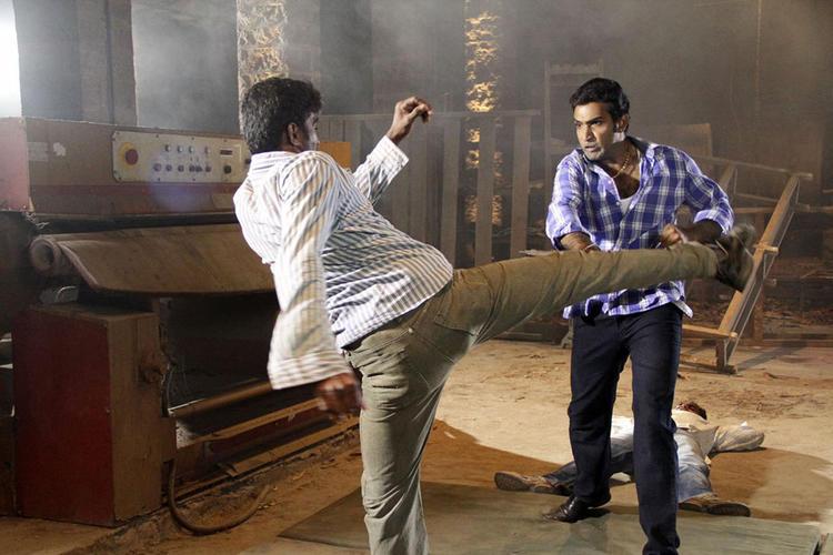 Taraka Fighting Still From Chudalani Cheppalani Movie