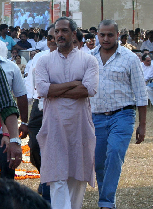 Nana Spotted  At The Funeral Of Shri Balasaheb Keshav Thackeray
