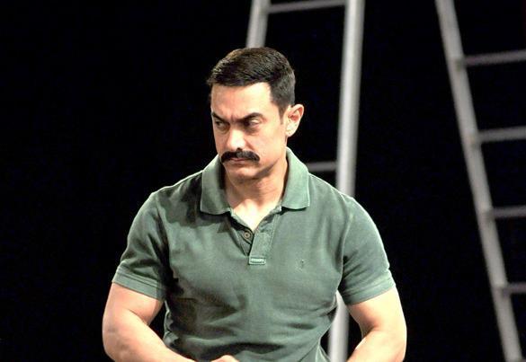 Amir Khan Dashing Look Still On The Sets Of CID