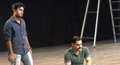 Amir Khan Doing A Roll In CID As Inspector Sekhawat
