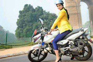 Sonam On Police Bike Posed For Camera On Delhi Traffic Police