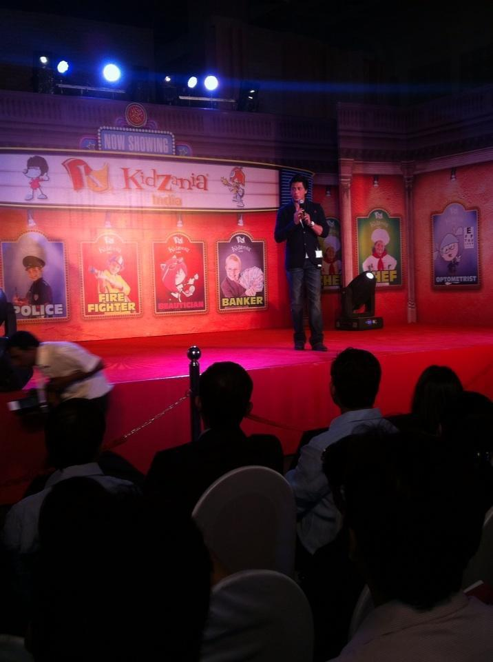 Shahrukh Khan In A Red Carpet At The Launch Of KidZania