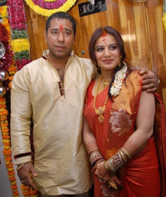Pooja And Anand Awesome Look Photo On Their Engagement Function