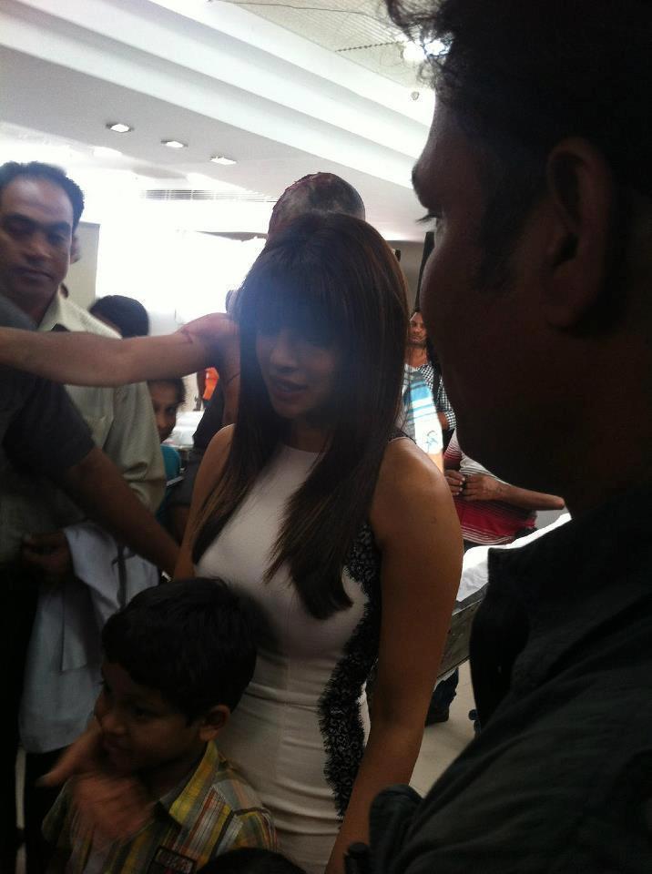 Priyanka Chopra Spotted At Apollo Hospital