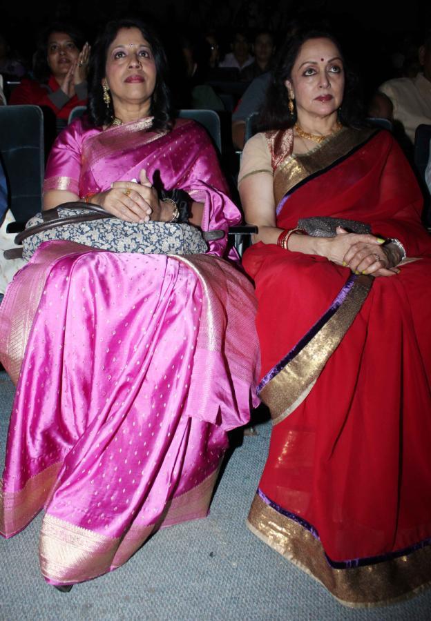 Hema And Play Back Singer Kavita At Felicitation Of Lyricist Ravindra Jain