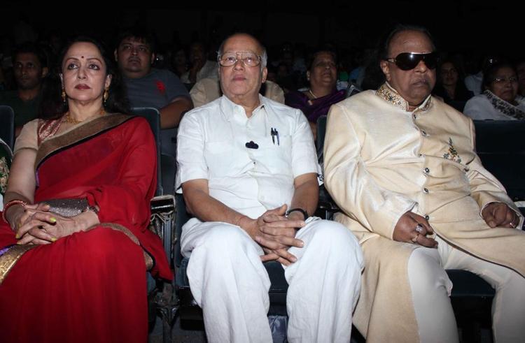 Rajkumar,Ravindra And Hema During The Felicitation Of Music Composer Ravindra Jain