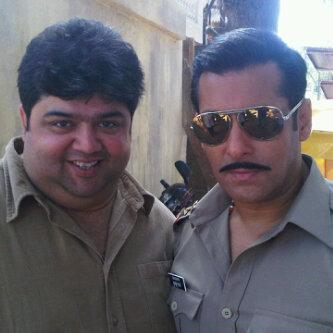 Salman And Rajat Snapped On The Sets Of Dabangg 2