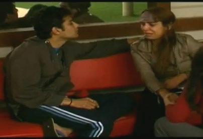 Pooja Mishra In Full Of Tears In Bigg Boss House