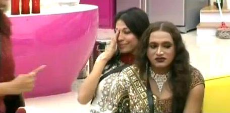 Vida Samadzai In Tears On Bigg Boss 5