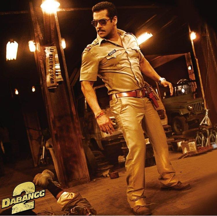 Salman Dabangg Style Look From Upcoming Movie Dabangg 2