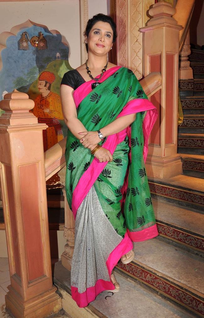 A Television Star Smiling Face Look In Saree Photo On The Sets Of Yeh Rishta Kya Kehlata Hai
