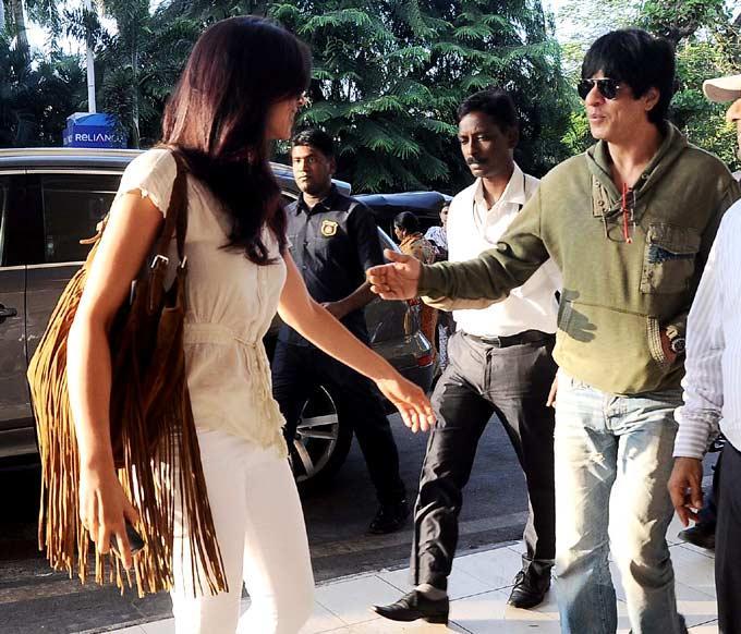 Shahrukh And Deepika Head To Goa