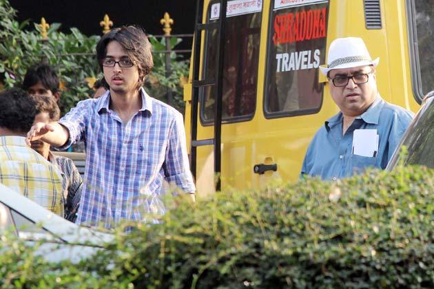 Rajkumar Santoshi Spotted On Shooting Location Of Phata Poster Nikla Hero